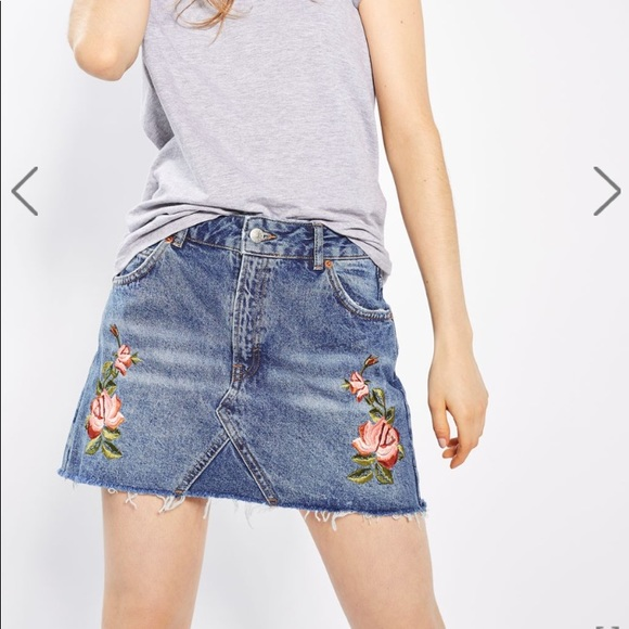 5e9a9ebfd2 Topshop Petite Rose Floral Embroidered Denim Skirt.  M_5a90f2572ab8c596f134f796